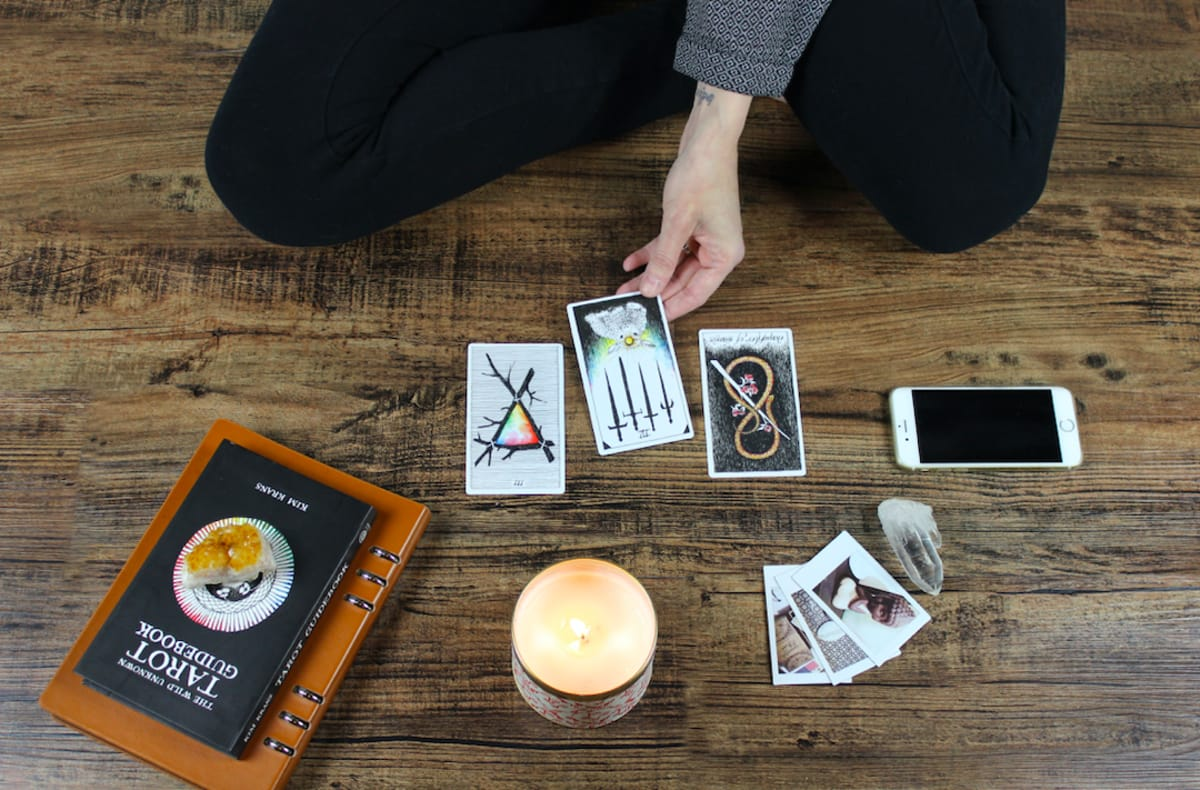 AN INTRODUCTION TO THE NEW AGE: BECOMING A PSYCHIC